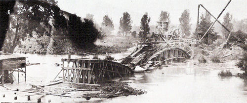 Wildcat Creek bridge under construction