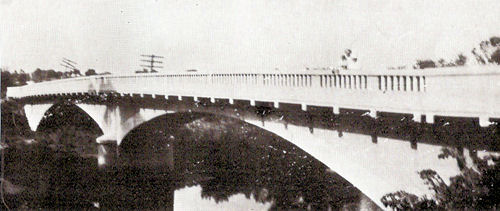 Wildcat Creek bridge north of Burlington