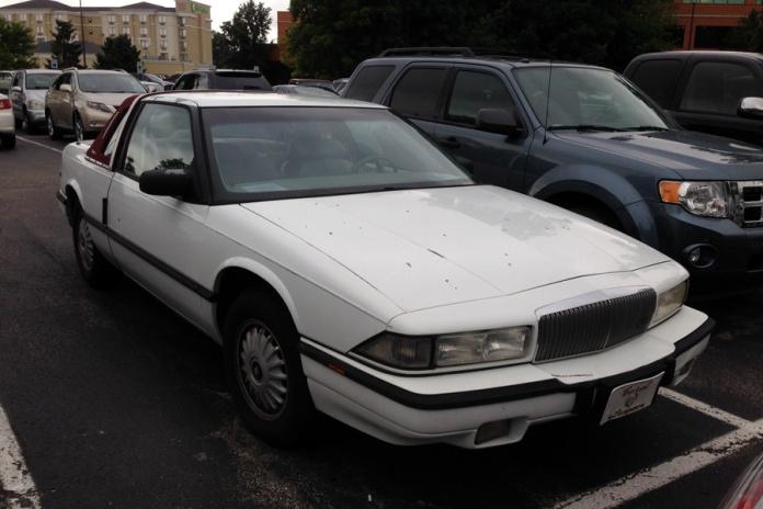 1991 Buick Regal Custom Edition d