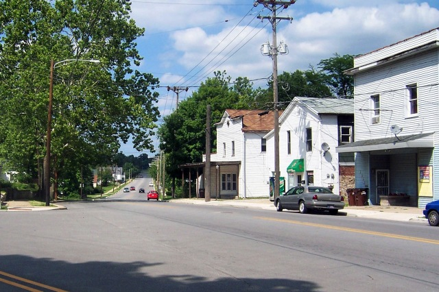 State Road 25 (the Michigan Road) heading northeast from Logansport