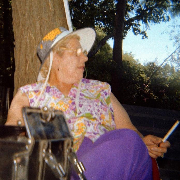 grandma1977